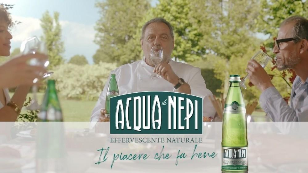 Commercial Acqua di Nepi